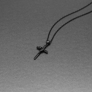 LILITH CROSS PENDANT【BLACK】